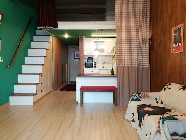 Fully furnished studio in Bundang   20min Gangnam