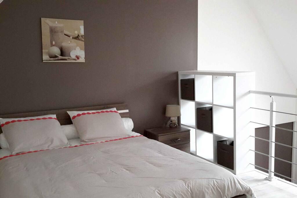 Chambre en mezzanine avec lit 160 Chapitre 1