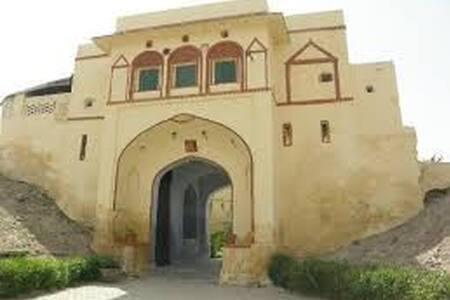 Heritage Fort - Pachewar