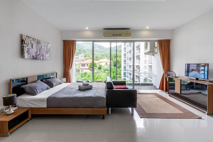 Cozy apartment 5 mins walk to Karon beach
