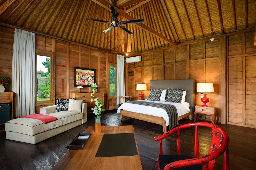 A choice of aircon or ceiling fan in your wood inspired bedroom