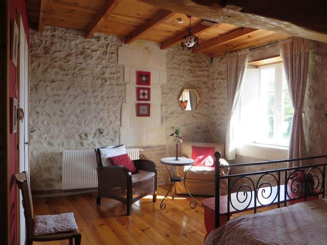 La Grange de Lucie- chambres d'hôtes en Périgord Dordogne- Les Rouge Gorges