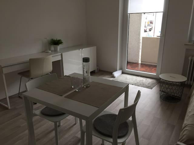 Neu renoviertes, modernes Apartment in Oberhaching - Oberhaching - Appartamento