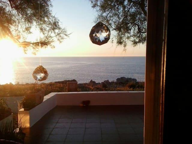 Habitación en casa frente al mar - S'Illot-Cala Morlanda - Bed & Breakfast