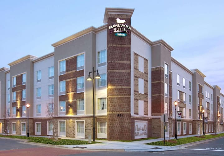 Classy Suite Two Bedrooms Two Bathrooms At Charlotte Area