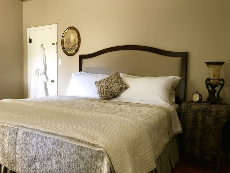 Luxury linens and Pacific Coast pillows can only mean sweet dreams!