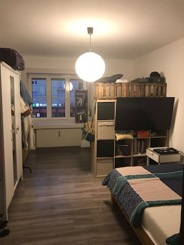 Cozy & central Room in Munich - Shared Flat