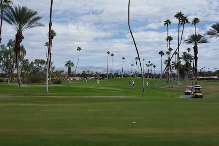Lovely Rancho Las Palmas Condo - Rancho Mirage