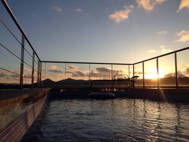 Habitacion en villa con piscina privada - Donostia - Villa