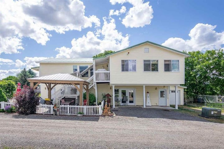 Quiet and private Spokane Valley home.