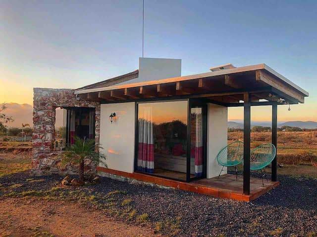 Cabaña Sustentable en el Semidesierto. Hai Xëní