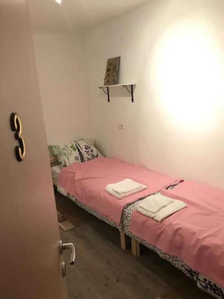 Zagreb, Apartments Miki, near center - room 3