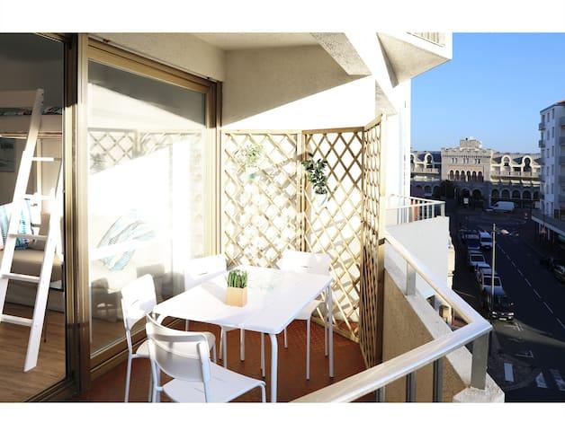 Lumineux studio avec terrasse -Hendaye Plage