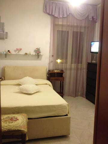 Near FCO AIR, COLOSSEUM, FINANZA - Lido di Ostia - Appartement
