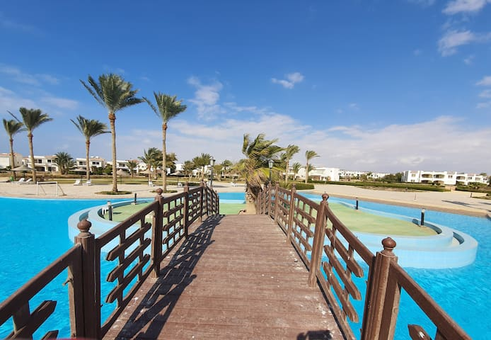 Ras Sudr- Paradise Resort- Ground sea-pool view