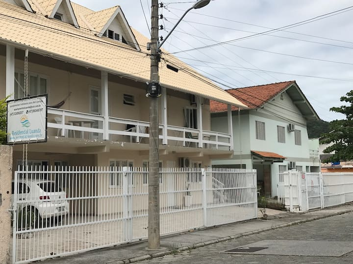 Bombinhas - Residencial Luanda ap 7