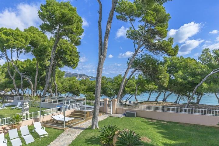 NEW! Ran Mar:Great first line villa, jacuzzi, pool