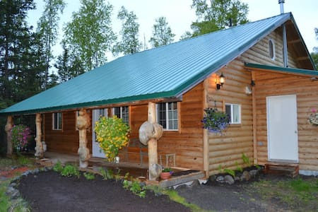 Hope's Hideaway Adventure Lodge - Hope - Stuga