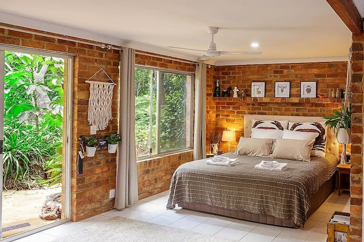 Hila's Guest Suite in the heart of Buderim