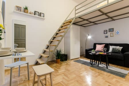Loft Studio in the Heart of Budapest - Budapest - Apartment