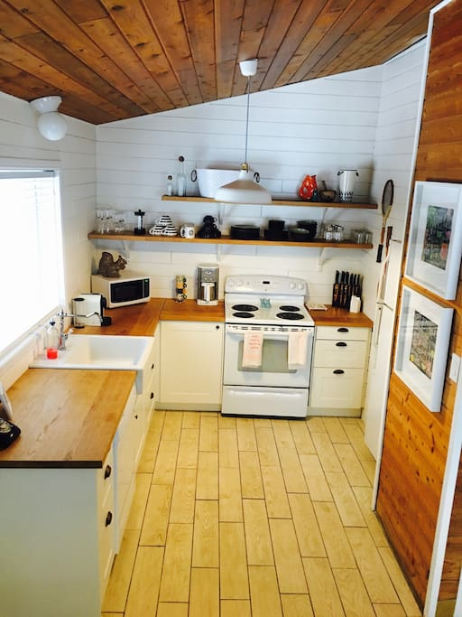 Fantastic kitchen with all cookware, dishes and appliances you need.  Just bring your wine and fare!