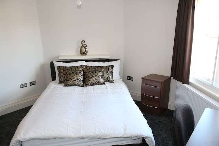 Private City Centre Luxury En-suite DOUBLE ROOM 3 - Leicester - Appartement