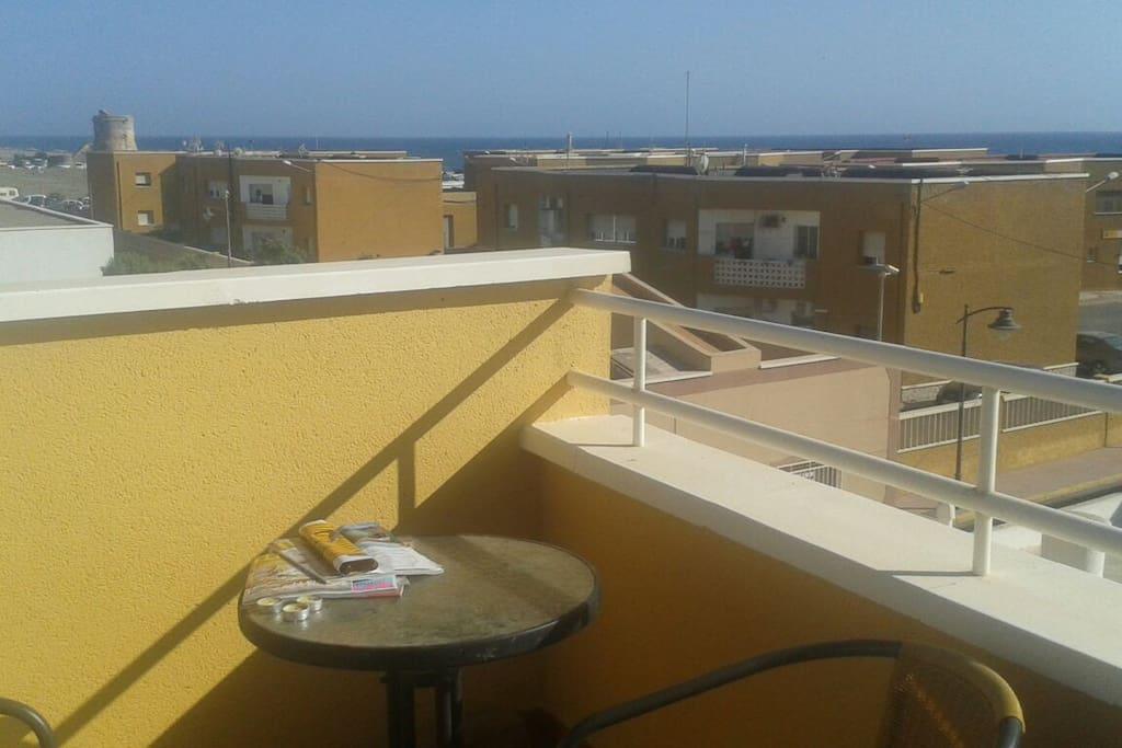 Apartamento playa con terraza appartements louer cabo de gata andalousie espagne - Apartamentos cabo de gata ...