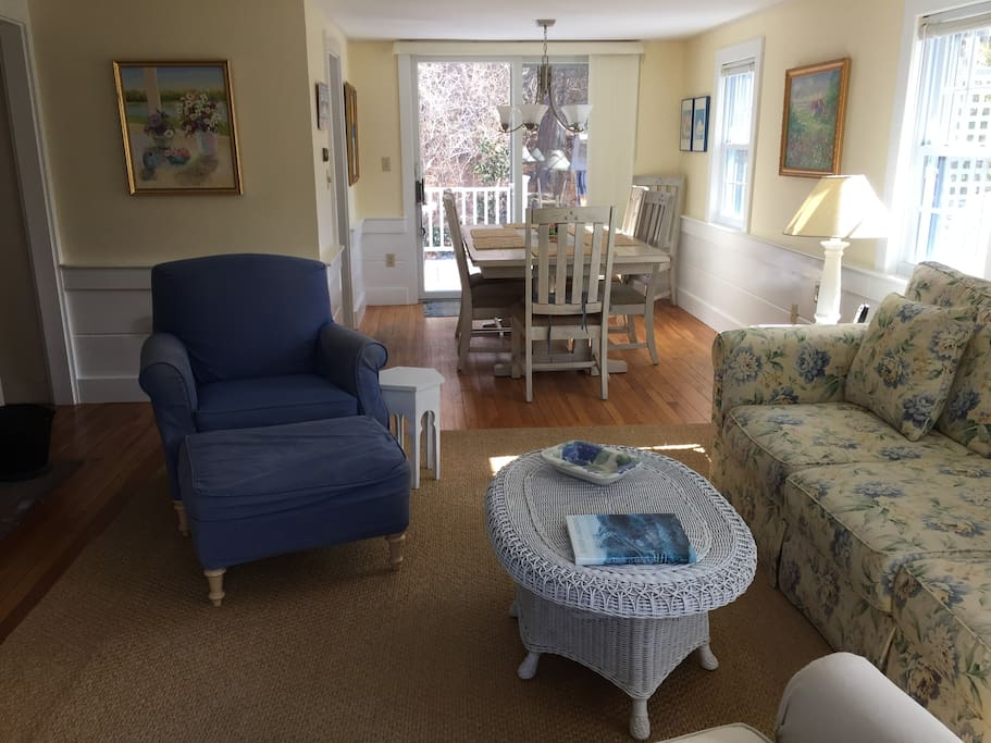 Bright and sunny front to back living/dining room