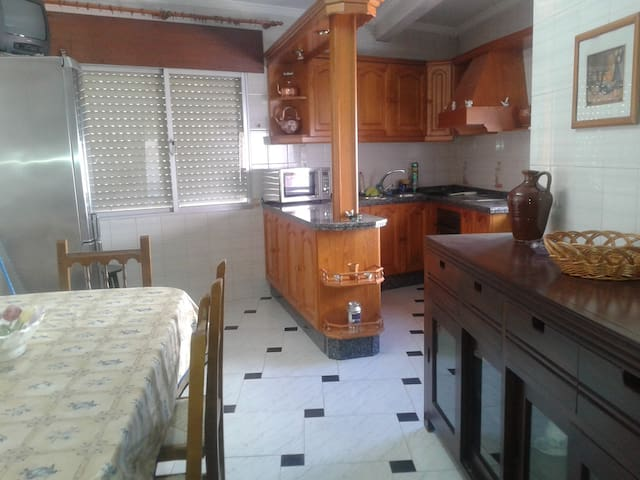 Piso tres dormitorios - Villafranca de Córdoba - Apartment