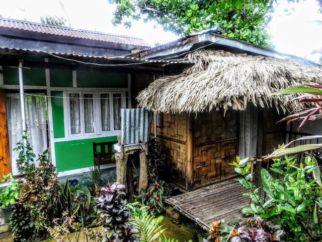 Brookside Homestay (Entire)