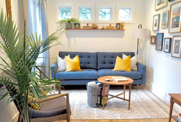 The Vintage Peach - sleeps 6/close to downtown