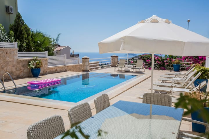 exclusive sea view VILLA MARCELLA