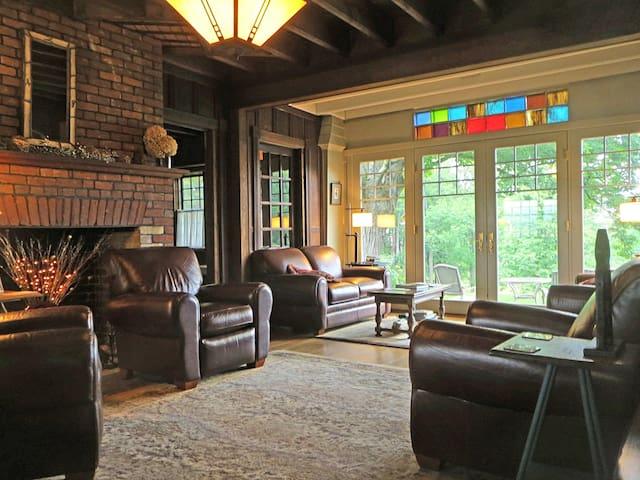 Rockgirt Historic Retreat -  Historic Home 5BR - Canton - Maison