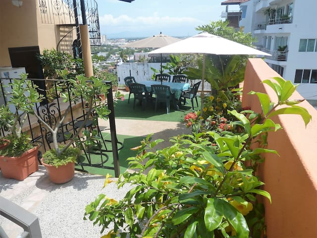 Casa Acumal - Entire 1st Floor Reduced Rate-SAVE$$