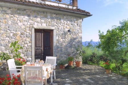 North Tuscany Hilltop village house with panorama - Olivola