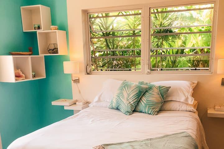 NEW - Cosy Island Style Boho-Chic Seagrape Studio