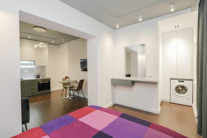 Luxury apartment in the heart of tirana *****