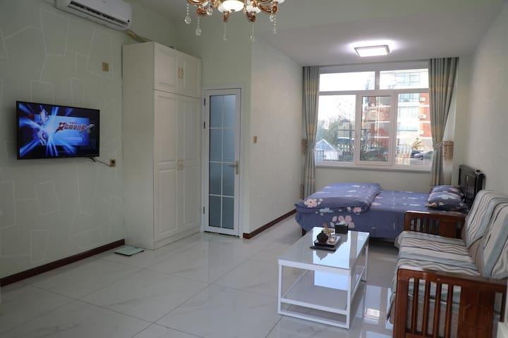 【红星民宿:独院多套】市中心环翠楼空调通透大床