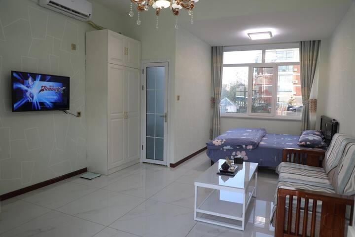 【红星民宿:独院多套】市中心环翠楼地暖通透大床