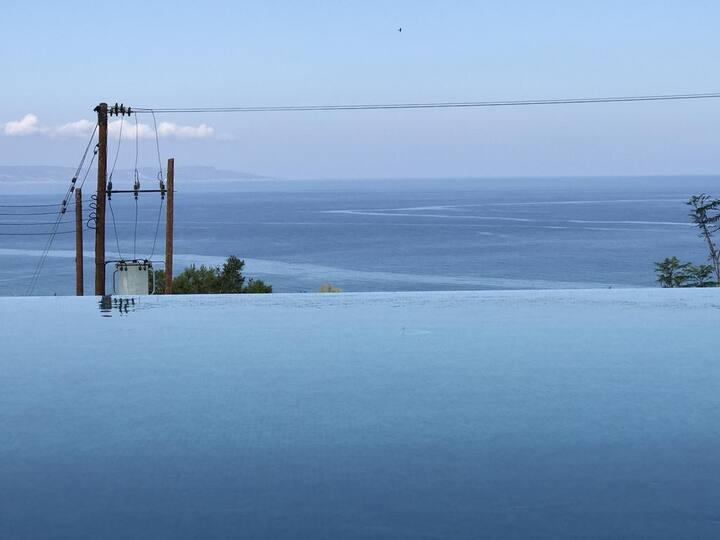 Martika Luxury villa overlooking Meditterranean