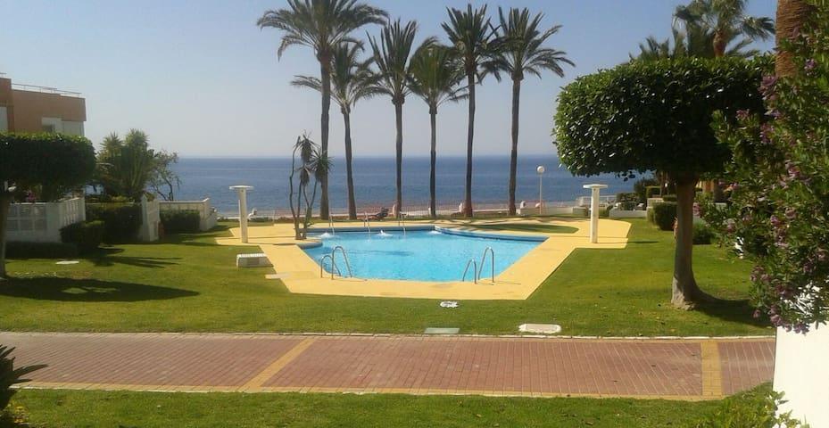 Habitación con baño Ensuite frente al mar - Roquetas de Mar