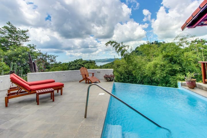 Casa Cielo Azul - Gated, private pool & beach