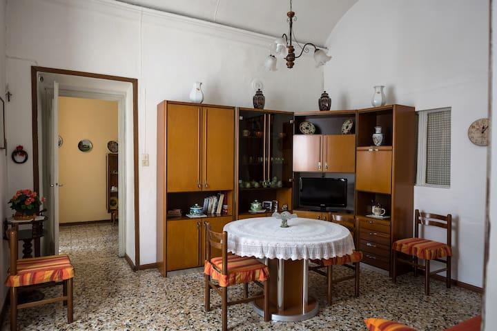 La Casa Della Nonna, appartamento in Moncalvo
