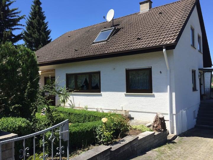 Ferienhaus Manuela - 1-8 Pers. in Albstadt-Laufen.
