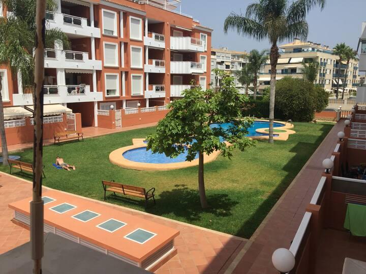 Urbanización con piscina Mar de Denia