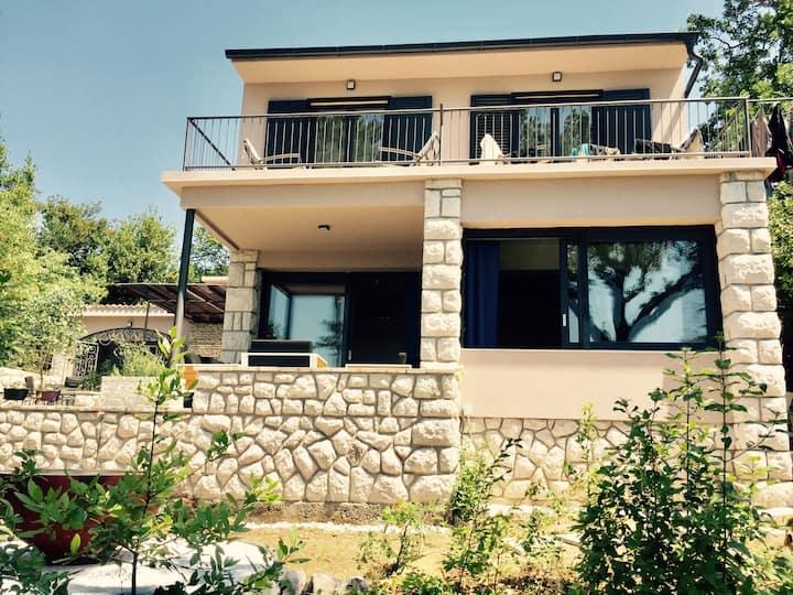 Villa Goldy-  Gesamte für 12 Personen,  Crikvenica