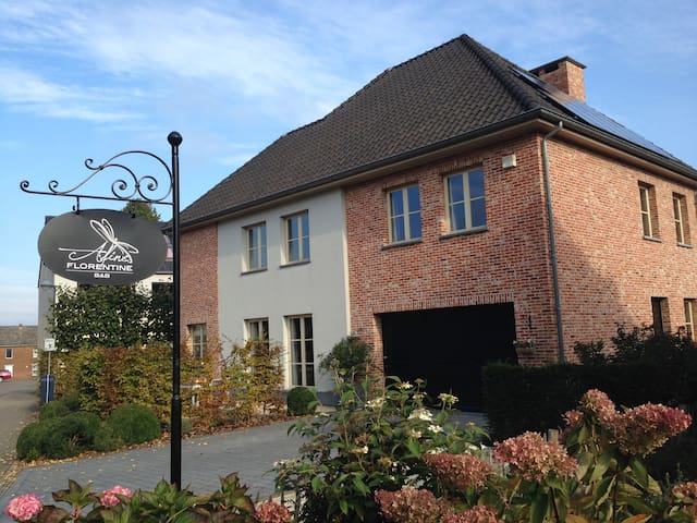 charm, luxury & tranquillity - Kortenberg - Bed & Breakfast