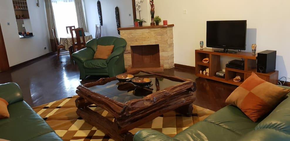 Quiet, Spacious 4 bedroom apartment in Upper Hill