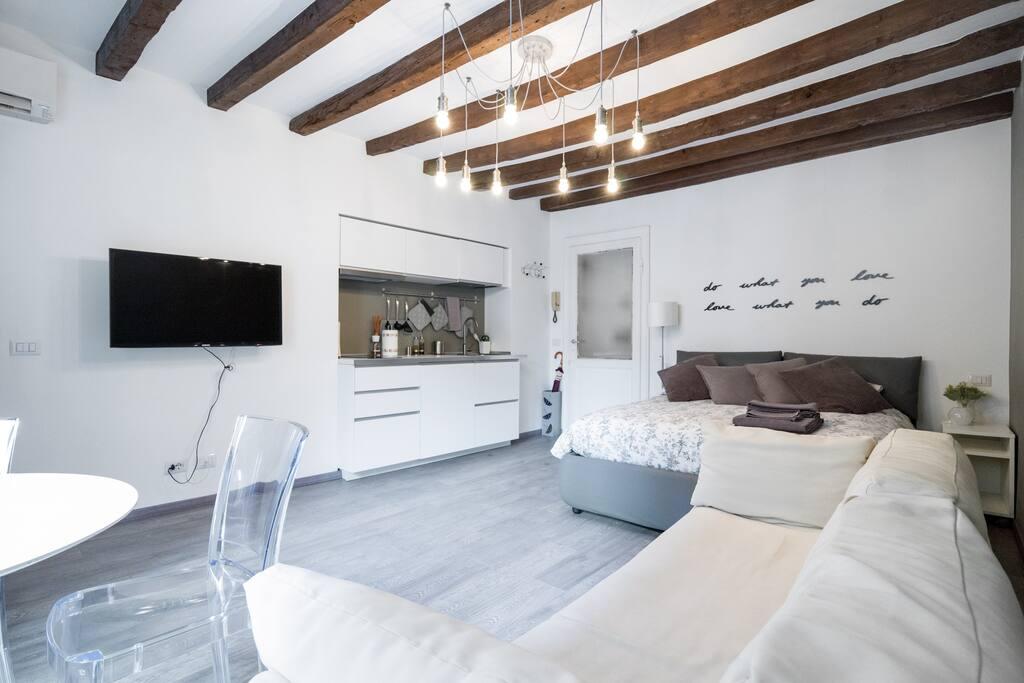milano apartments porta genova navigli apartments zur miete in mailand lombardia italien. Black Bedroom Furniture Sets. Home Design Ideas