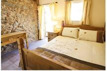 Stable Barn ground floor bedroom